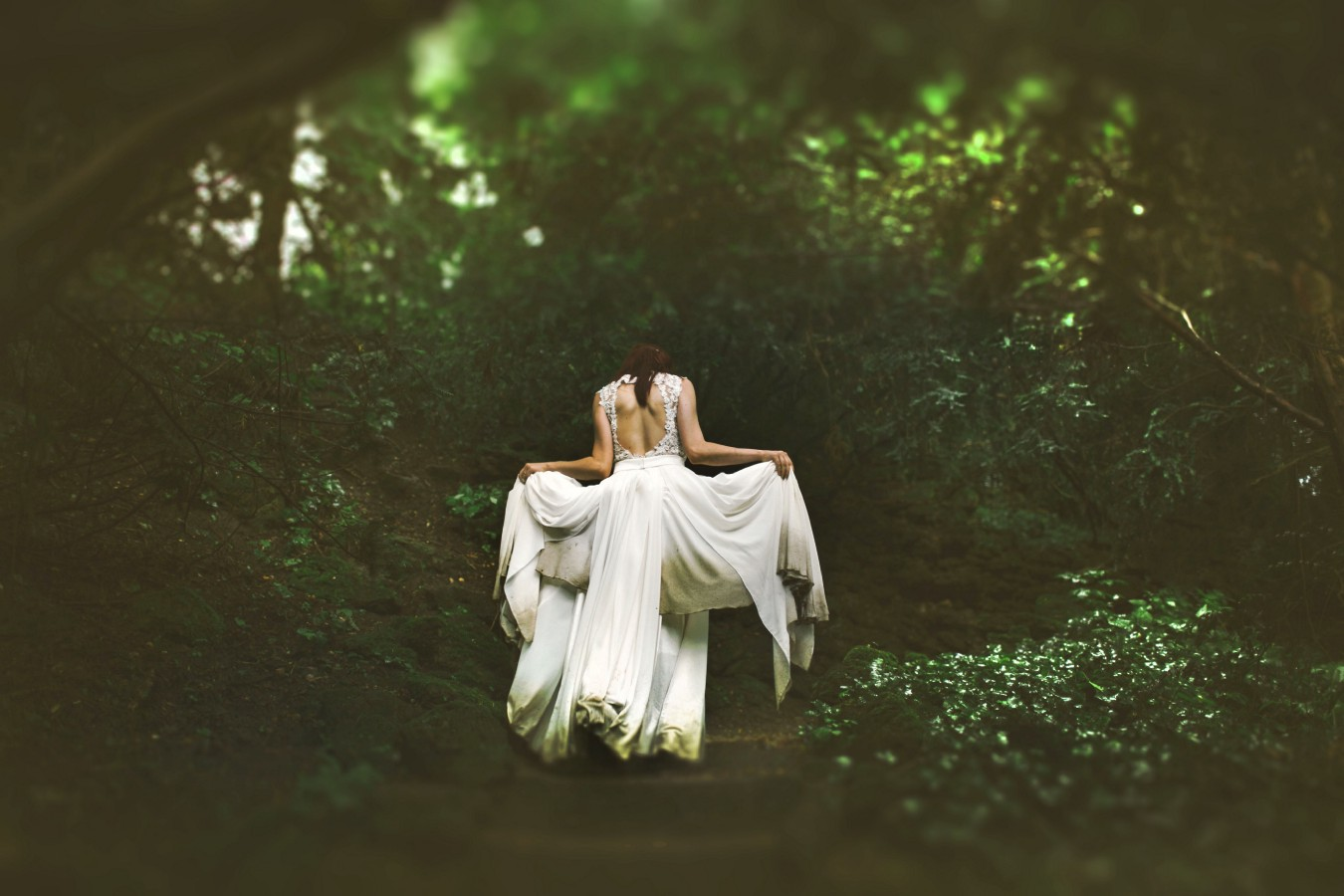 5 Reasons Why We Need More Fairy Tales and Fables in Our Life