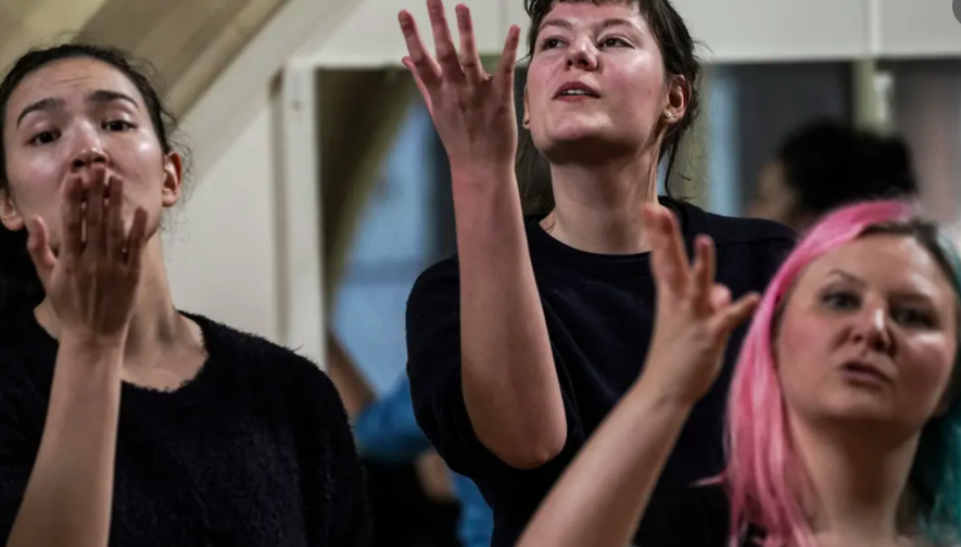 'To be silly is quite an art': the weekend I became a mime