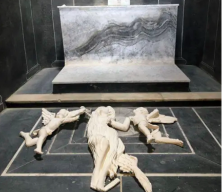 Vandals smash statue of Mary Magdalene in French chapel—apparently because she is naked
