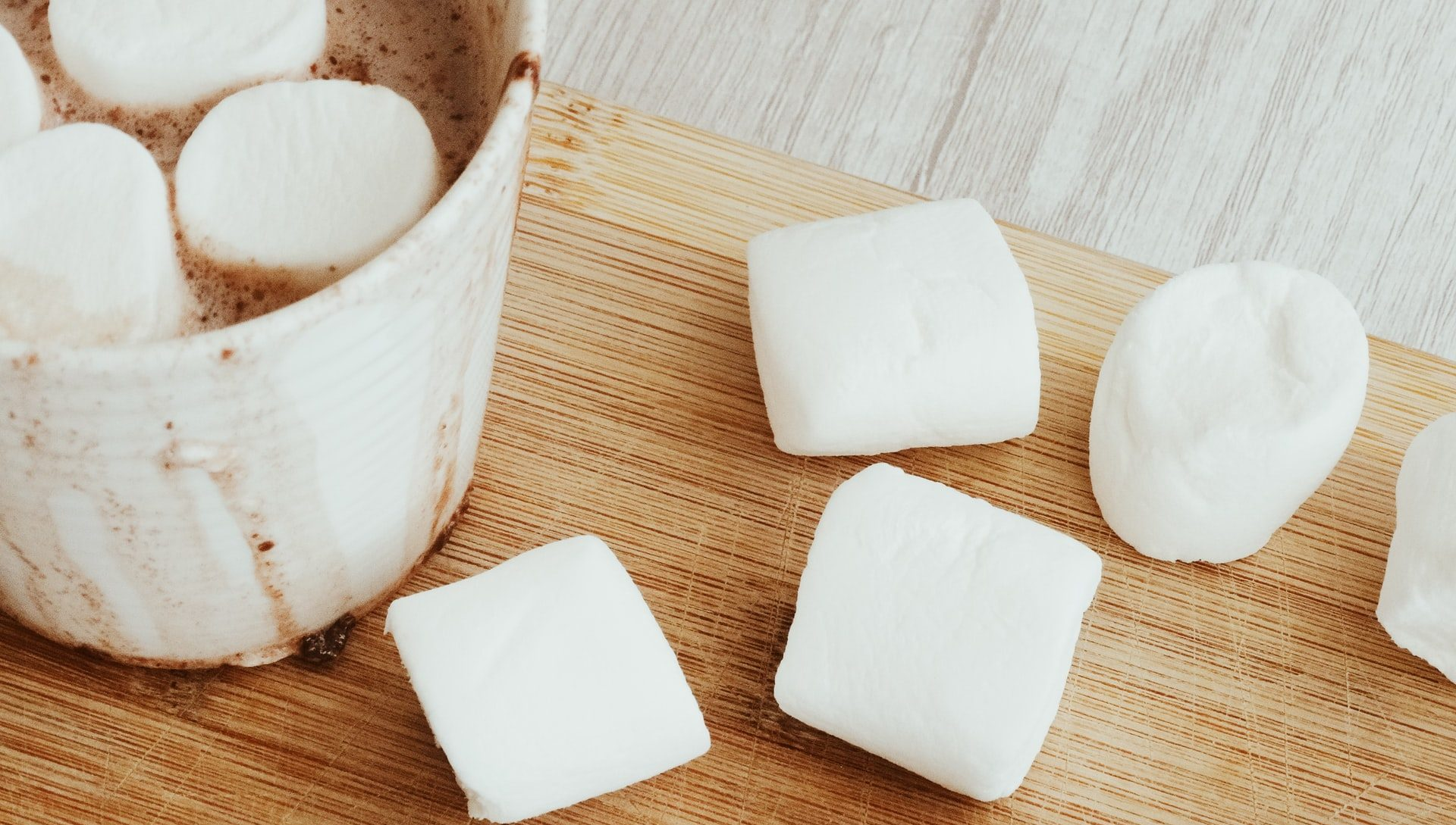 Marshmallow test' redux: Children show better self-control when they depend on each other
